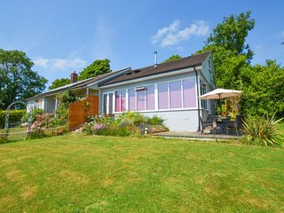 Peaceful Holiday Home in Saundersfoot with Garden