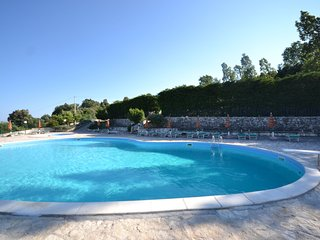 boutique Holiday Home in   Mattinata with Pool