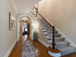 Briarwood Estate: Historic House with modern amenities