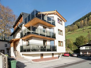 COzy Chalet in Zell Am See with Balcony