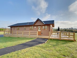 Located just outside the pretty village of Biddenden on the road to Headcor