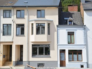 Beautiful house perfectly located in the center of Bouillon, on the Semois