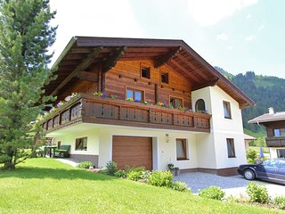 Spacious Apartment in Kleinarl, with ski-lift nearby