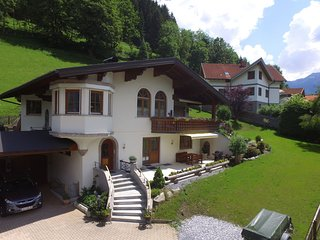 Luxurious Apartment in Bad Hofgastein with Sauna
