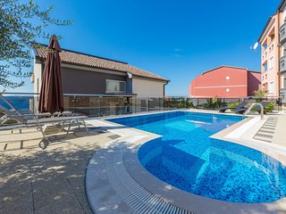 Modern apartment in Crikvenica with swimming pool
