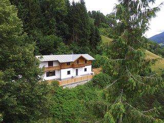 Attractive Holiday Home in Salzburg near Ski Lift