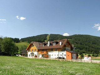 Charming Apartment in Sankt Margarethen im Lungau, with ski lift nearby