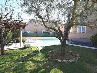Spacious Apartment in Pula with Swimming Pool