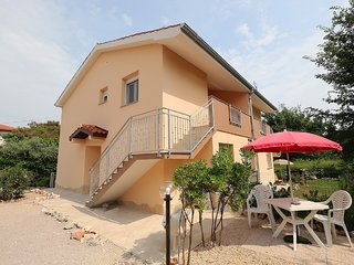 Modern Apartment in Šilo with Balcony
