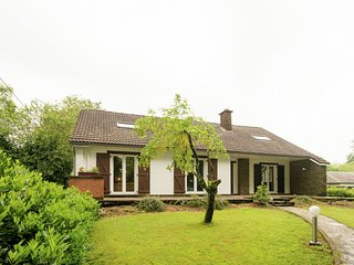 Detached house with terrace with breathtaking views, with jacuzzi / sauna