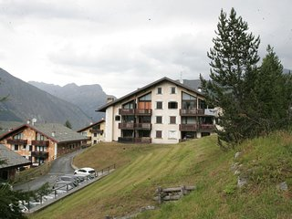 Apartment in Chalet just 400 m. away from the ski lift Teola - Mottolino.