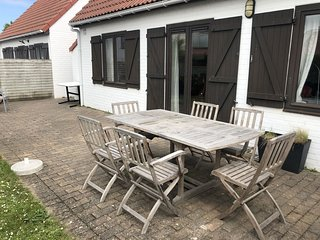 Cozy Holiday Home in De Haan with Private Terrace
