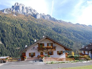 Cozy Chalet near Ski Area in Vigo di Fassa