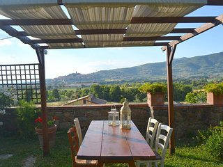 Beautiful holiday home in the hills of Castiglione Fiorentino.
