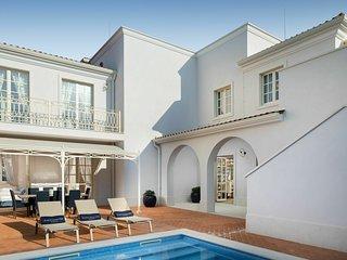 Modern Villa in Vabriga with Swimming Pool