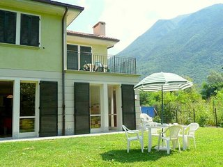 Modern and cozy furnished apartment with nice mountain view