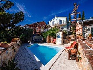 Seaside Holiday house Maslenica Dalmatia in Croatia