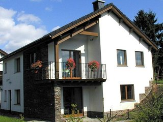 Stunning Holiday Home with Private Garden in Xhoffraix