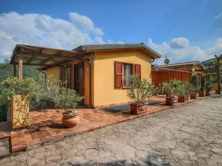 Country House with swimming pool and garden with Mediterranean plants, restauran
