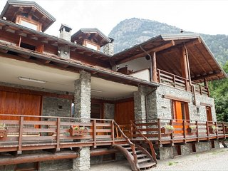 The chalet is situated in a quiet and sunny area of Antey Saint Andre.