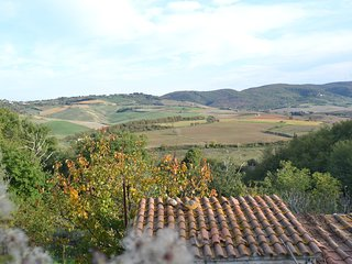 Lovely holiday home in the middle of vineyards and olive trees