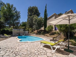 Modern Villa in Pouzols-Minervois with Private Pool