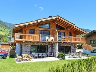 Modern Chalet with Sauna near Ski Area in Piesendorf