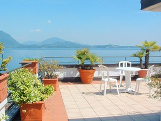 Cozy Mansion near Lake in Baveno Italy
