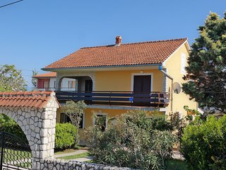 Nice studio apartment , 300 m distant from the beach !