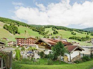 Pretty Apartment in Saalbach-Hinterglemm near Ski Area
