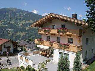 Beautiful Apartment near Mountains in Gerlosberg