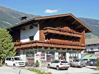 Spacious Apartment in Ramsau im Zillertal near Ski Area