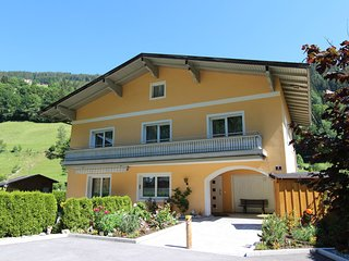 Luxurious Chalet In Zell am See With Sauna