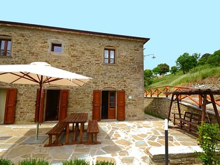 Luxurious Holiday Home in Anghiari Tuscany with Hill view