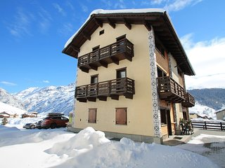 Pleasant Holiday Home in Livigno Italy near Ski Area