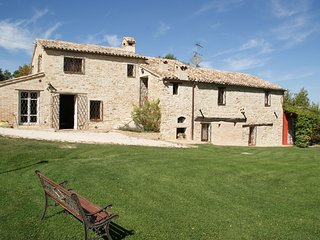 16th Century Holiday Home in Treia with Adrian Coast View
