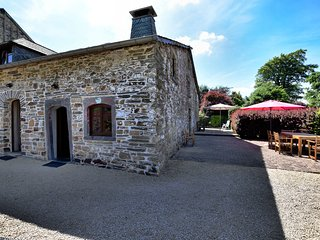 Charming link-detached gîte on a converted farm with spacious private terrace