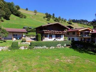 Modern Apartment near Ski Area and Lake in Salzburg