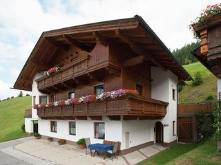 Spacious Apartment in Gerlosberg near Ski Area