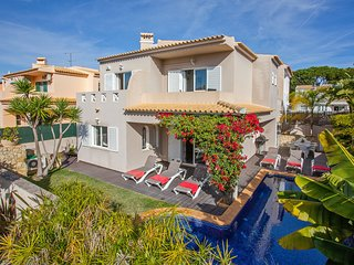 Comfortable villa near Vilamoura, with private pool and air conditioning