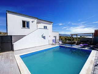 Spacious detached house with private swimming pool , sea view covered terrace