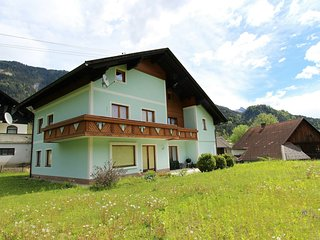 Warm Mansion near Ski Arena in Hermangor-Pressegger