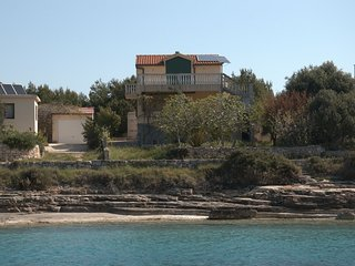 Former fisherman's house with terrace, balcony and sea view on island Zirje