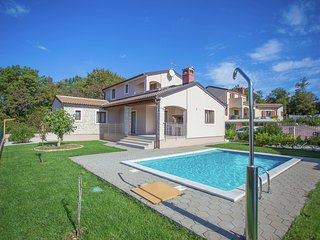 Ideal destination for summer holiday in the countryside and near the sea