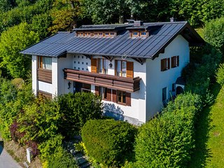 Beautiful Chalet in Zell Am See with a Pool