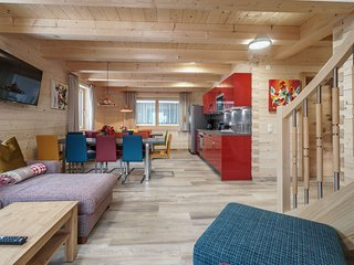 Exquisite Chalet with Sauna and Jacuzzi in Kaprun