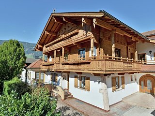 Modern Apartment near Ski Area in Hart im Zillertal