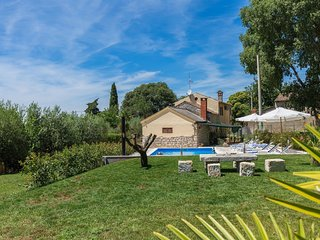 Surrounded by a green forests and ideal for a relaxing holiday