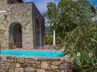 Argigliano a small town 350m above sea level, Lunigiana, at the foot of the Alps