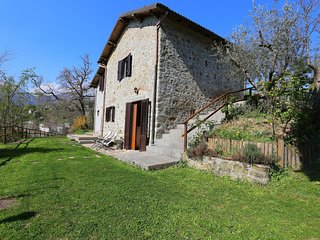 Charming detached house in Lucca province.